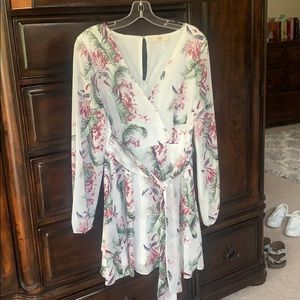 Beautiful Spring Entro dress
